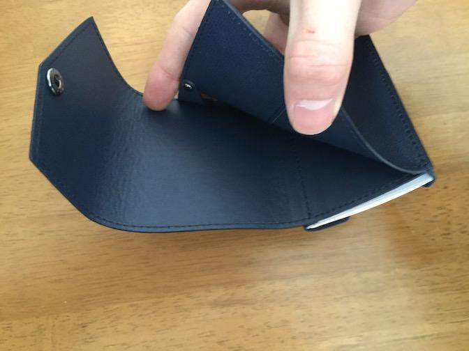 小さい財布 お札を入れる部分